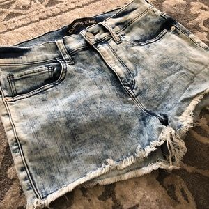 Express jeans women's cut off booty shorts